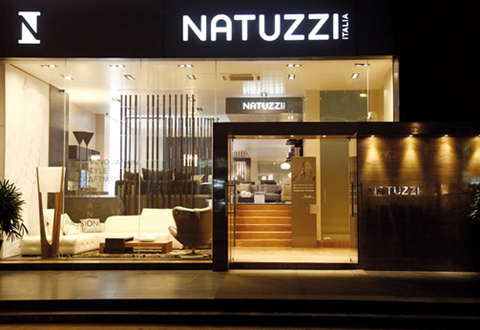 natuzzi italia archives le courrier du meuble et de l habitat. Black Bedroom Furniture Sets. Home Design Ideas