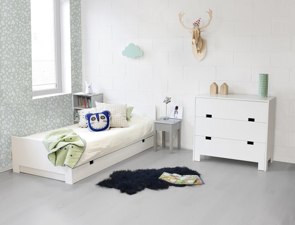 chambre d enfant les lignes bougent le courrier du meuble et de l habitat. Black Bedroom Furniture Sets. Home Design Ideas
