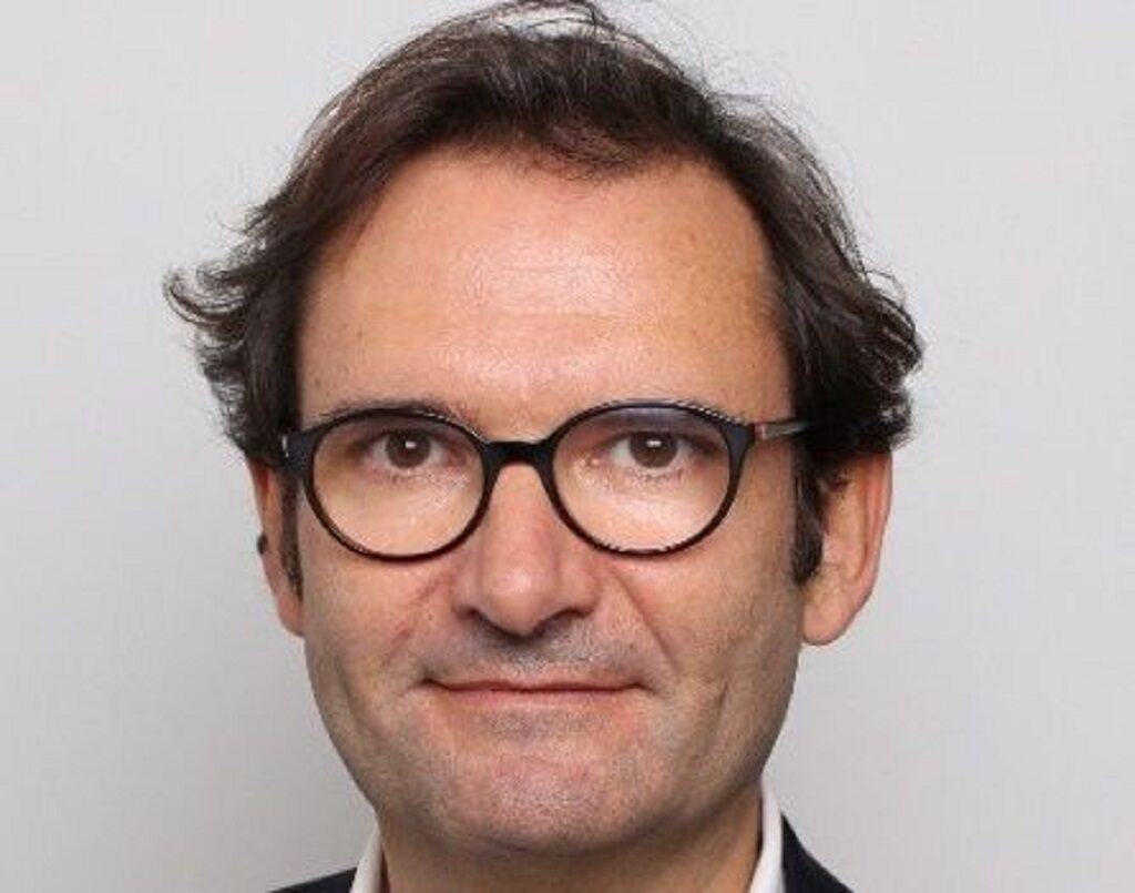Olivier Baraille Conforama France - le courrier du meuble et de lhabitat