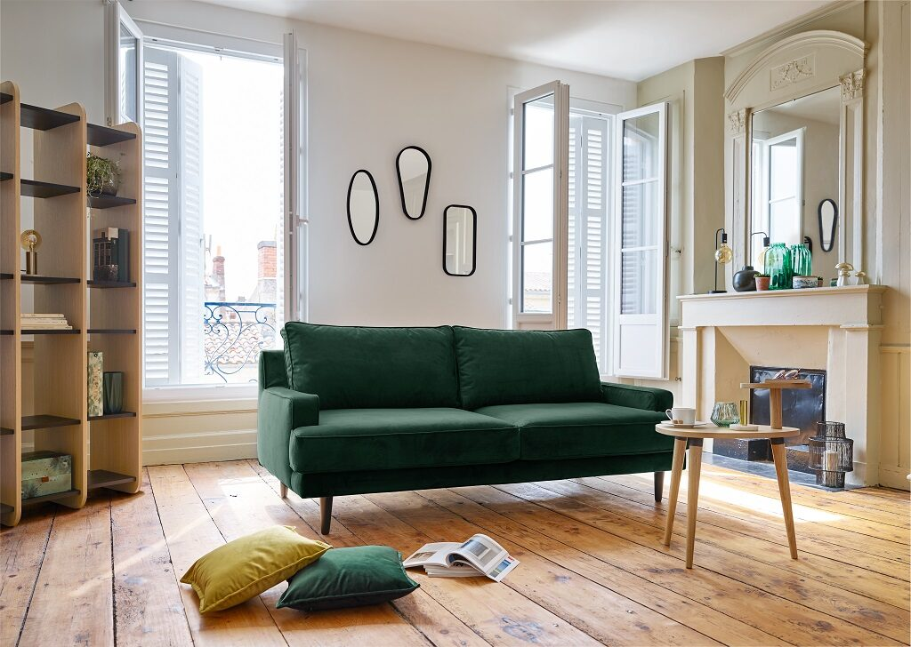A_CANAPE_TISSU_2_4_PLACES_VERT_EMERAUDE_OSCAR_ camif - le courrier du meuble et de lhabitat