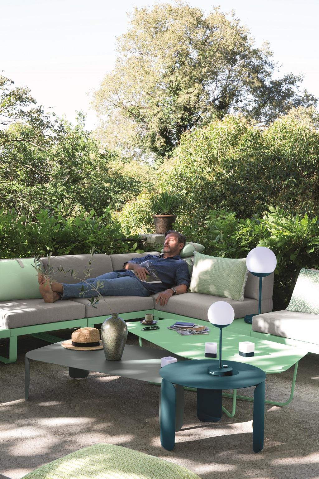 Canapé outdoor Bellevie (Fermob). Crédit Aurélie Lecuyer